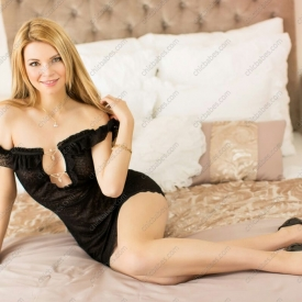 aneta-young-escort-prague-5