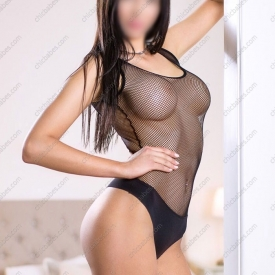 melanie-monti-tall-escort-prague-5