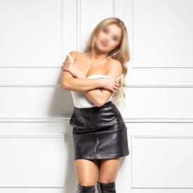 samantha-cruz-escort-prague-3