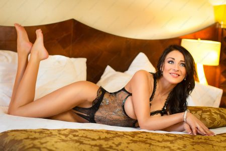 Naomi Montana - Czech Pornstar Escort Girl in Prague