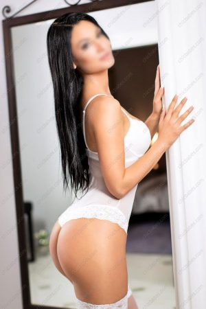 Model escort in Prague - Bianca Bellucci